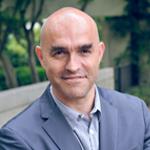 Photo de Cyrille Bertrand, psychothérapeute, fondateur et directeur de formation chez Neuro Gestalt Institut.